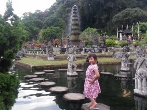 Visit-the-the old Bali Villagehttp://www.balivacationdriver.com/wp-content/uploads/2015/08/Tirta-Gangga.jpg